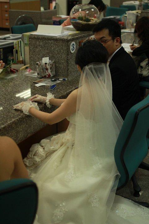 1291614172_f33989e1bbbda03333ec3943aa092e41_big - 新秘小淑, 新娘秘書, 新娘造型, 台中新秘, 台北新秘, 新秘推薦, 新娘彩妝造型, 婚禮婚紗新秘, 韓系婚禮婚紗造型, 韓系風格造型, 韓系妝髮造型, 美式風格造型, 美式妝髮造型, 台中霧眉推薦, PTT新秘推薦, PTT新娘秘書, PTT人氣新秘, PTT台中新秘推薦, 美式風格婚紗造型, 美式婚禮婚紗造型, 美式造型, 美式婚紗妝髮, 韓系婚紗妝髮造型, 自助婚紗造型, 新秘shu Makeup, 顏氏牧場新秘推薦, 萊特薇庭新秘推薦, 林酒店新秘推薦, 顏氏牧場新秘秘書, 萊特薇庭新娘秘書, 林酒店新娘秘書, 台中新秘推薦, 台中新娘秘書, 台中美式婚紗造型, 台中美式風格婚紗造型, 台中新娘秘書推薦